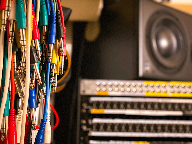 Recording studio cables and mixer